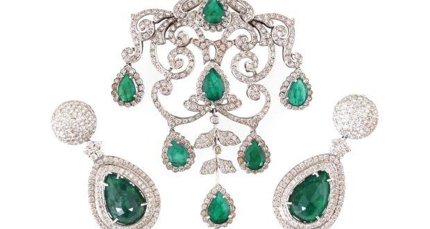303cde7c33 €120,000 ring and a cut-price Dior mink – Maureen O'Hara items sold ...