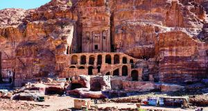 Petra, which is hidden in the mountains, is one of the New 7 Wonders of the World and a Unesco World Heritage Site