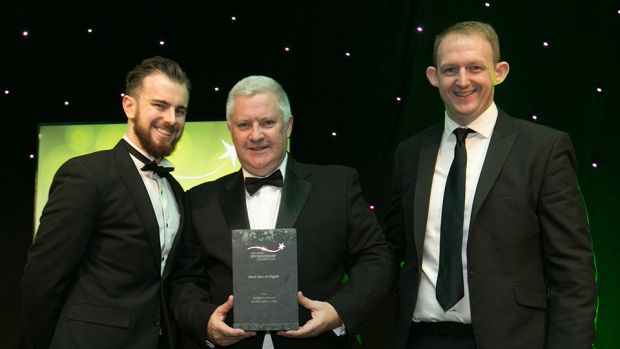 Jim O'Toole, Principal, sportsinterim.com, presents the Best Use of Digital award to Gerry Nixon and Paddy Carberry, Vodafone.