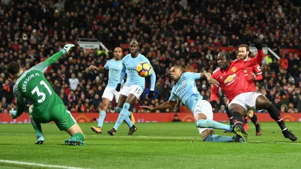 Romelu Lukaku misses a golden chance to equalise for Manchester United. Photograph: Michael Regan/Getty