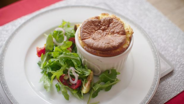 Cheddar cheese and courgette souffle