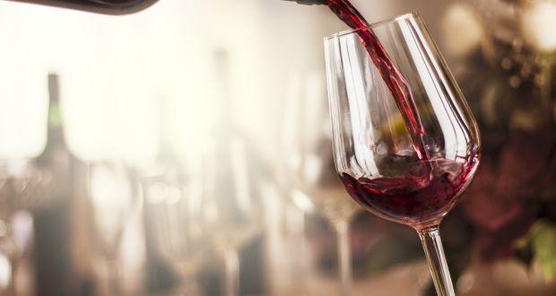 glass half full wine glasses seven times bigger than 300 years ago
