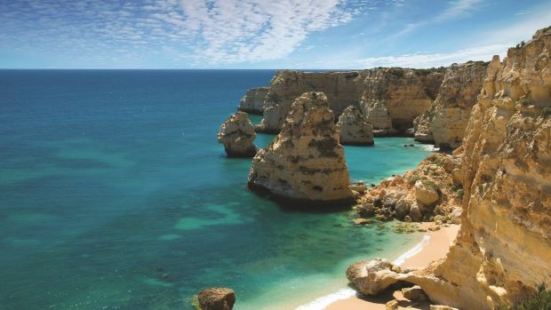 Quiet cove at Praia da Marinha, Algarve, Portugal.