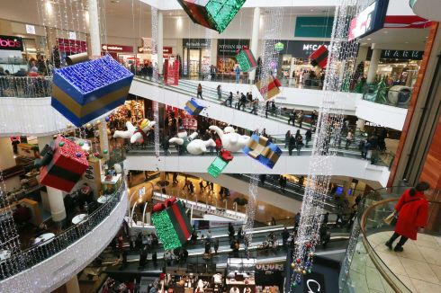 SHOPPING EXPEDITION: Christmas shoppers at Dundrum Shopping Centre. Photograph: Stephen Collins/Collins Photos