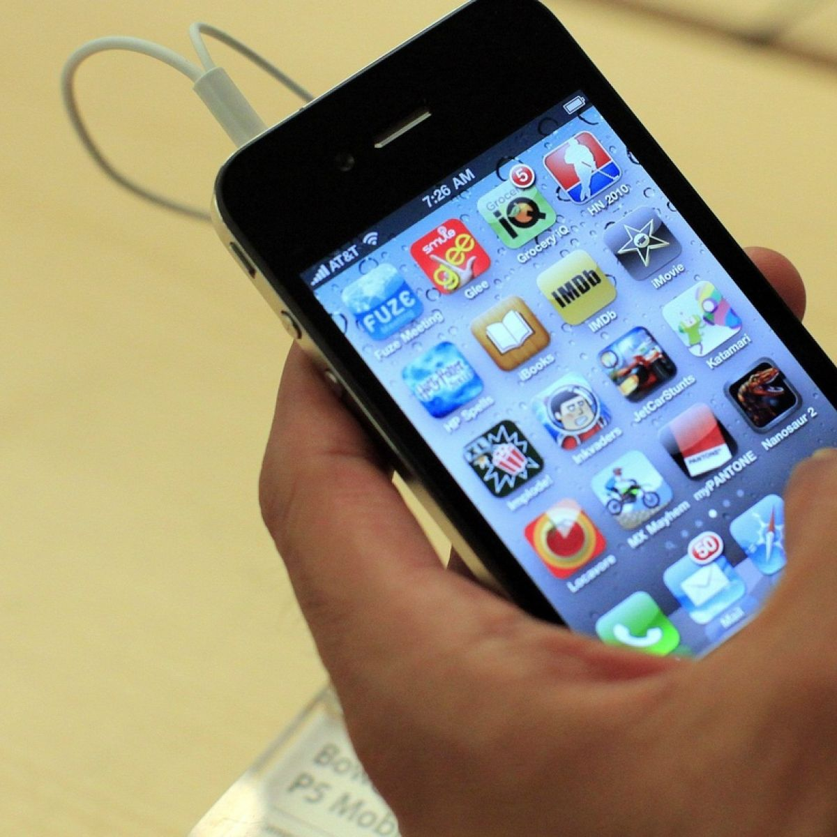 Mobile firm Three fined €575,000 over notification of