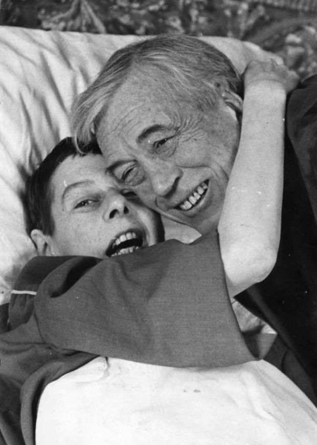 Carson McCullers with John Huston whose home she stayed in in Loughrea, Co Galway. Photograph: Jimmy McCormack/The Irish Times