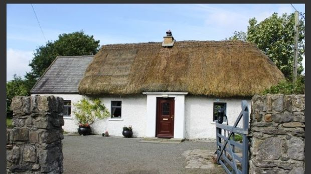 Thatched cottage at Crannagh, Templetouhy, near Thurles, down €20,000