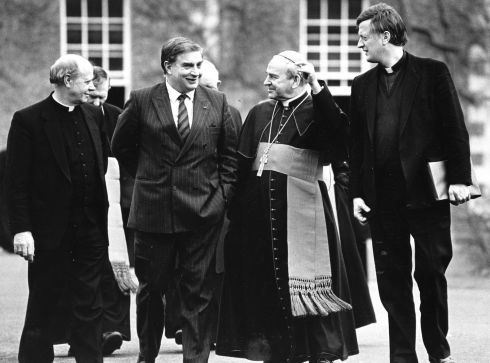 13/03/1990: At St Patrick 's College, Maynooth,  for an address to an Irish Bishops ' Conference meeting on Europe after 1992.  Photograph: Frank Miller/The Irish Times
