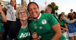 Ireland's Sophie Spence celebrates winning with her mum Myrtle after Ireland beat Australia in the 2017 Women's Rugby World Cup. Photo: Dan Sheridan/Inpho