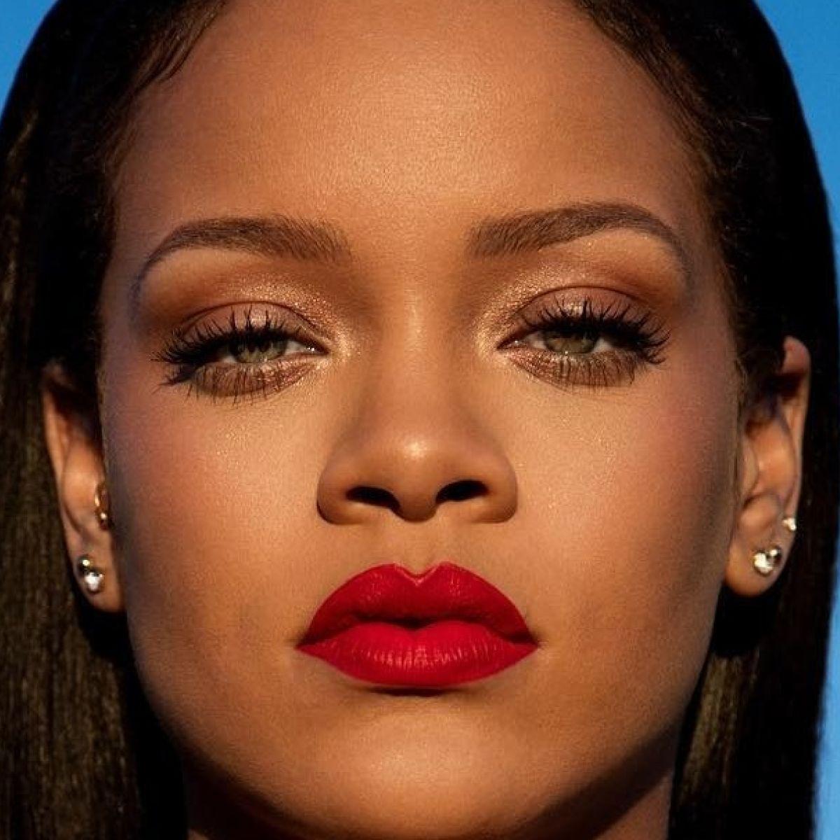 Watch Best of the Week: Rihanna's Orange Lip, Kim Kardashian's Birthday Glam,More video