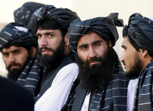 AFGHAN AMNESTY: Afghan prisoners from the Hezb-e-Islami party line up after their release under a peace and rehabilitation programme, in Kabul. Photograph: Omar Sobhani/Reuters