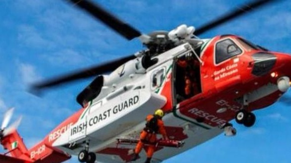 Man dies after being washed into sea in Co Clare