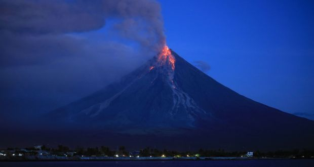 the crystals that could help predict volcanic eruptions