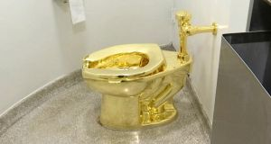 The 18 carat gold toilet created by the artist Maurizio Cattelan was offered to the White House