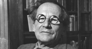 Erwin Schrödinger came to Ireland in September 1939 as a refugee who travelled across England to Dublin.