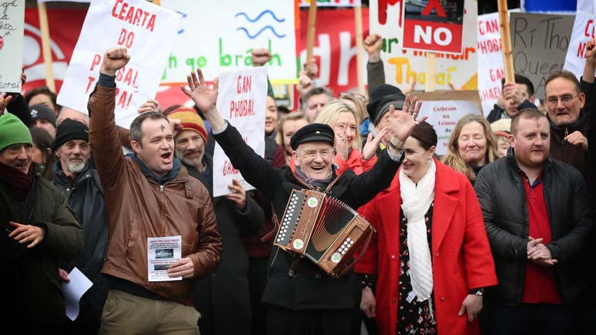 ► VIDEO: Tory Islanders bring their ferry protest to Leinster House