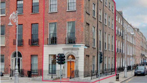 Georgian Living In WB Yeatss Former Merrion Square Home For EUR35m
