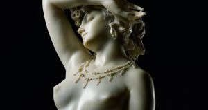 Phryné, a white marble dated 1868 by the Italian sculptor Francesco Barzaghi £477,000 (about €537,000) at Sotheby's