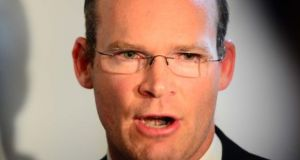 Tánaiste Simon Coveney said politicians should not make the decision about the location of Cork's new hospital.