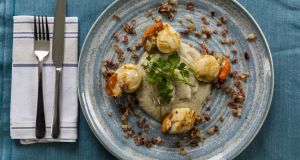 Seared scallops and Jerusalem artichoke purée. Photograph: Emma Jervis