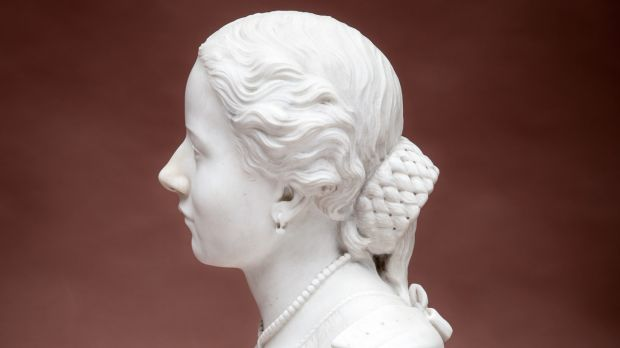 Lot 224: a white marble bust of Catherine Hayes that has turned up in Mealy's with an estimate of €3,000-€4,000