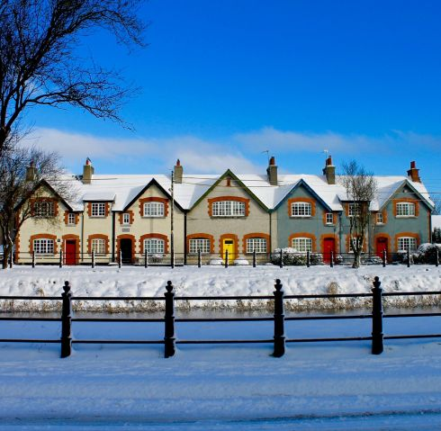 Snow on the houses at Tullamore. Photograph: Colin Jones