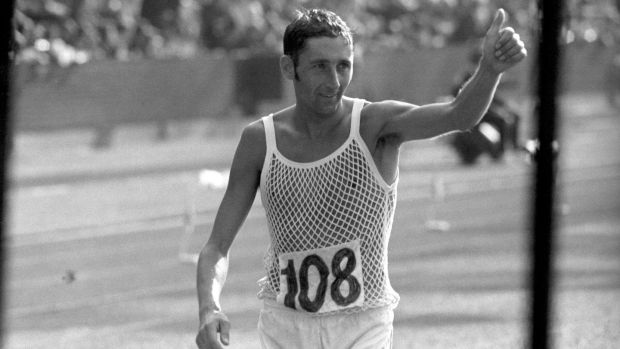 Ron Hill giving a thumbs-up to the crowd after winning the marathon at the Commonwealth Games in Edinburgh in 1970.