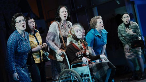 The Unmanageable Sisters: the ensemble's voices merge and solo like choral singers' under McLaren's direction