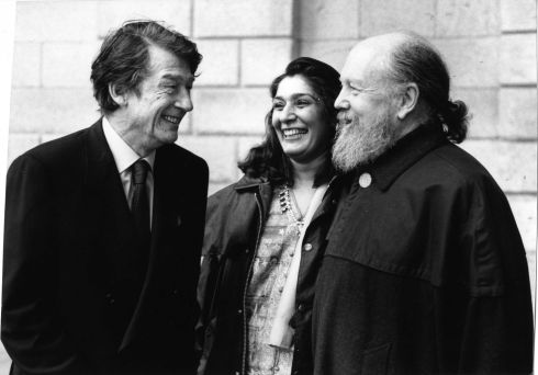 1993 - The actor John Hurt with Princess Purna and her husband Garech Browne (de Brun) outside the Four Courts in Dublin yesterday after the Supreme Court decision on Interpretative Centres which went against the Office of Public Works - OPW.  / THE IRISH TIMES