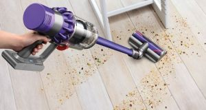 The Dyson Cyclone V10 has about 60 minutes of cleaning time.