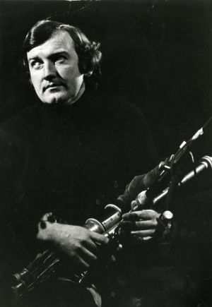 Planxty's Liam Óg O'Flynn in concert at the National Stadium in 1980. Photograph: Tom Lawlor / The Irish Times