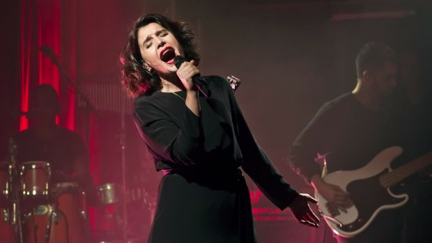 Jessie Ware: just like Mariah Carey, except she does do stairs. Photograph: Frank Hoensch/Redferns
