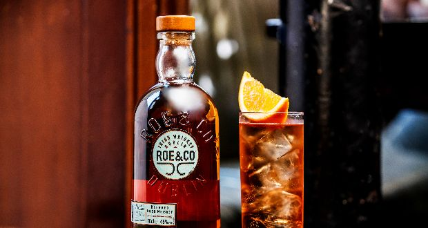 A cocktail masterclass hosted by Roe & Co Brand Ambassador Peter O'Connor, will teach you how to create world-class cocktails at home