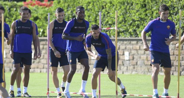 071599b85a551f Members of the Roma squad pictured wearing the Statsports devices during  training