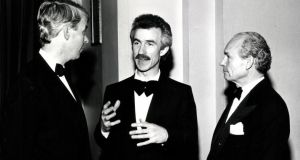 Hugh Tinney with David Orr (left) and Robin Frost (right) of  Harveys of Bristol  after 1987 Leeds competition. Photograph:  J Roberts