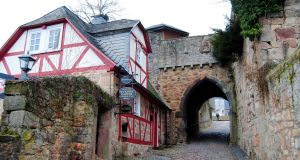 Gateway to castle Marburg