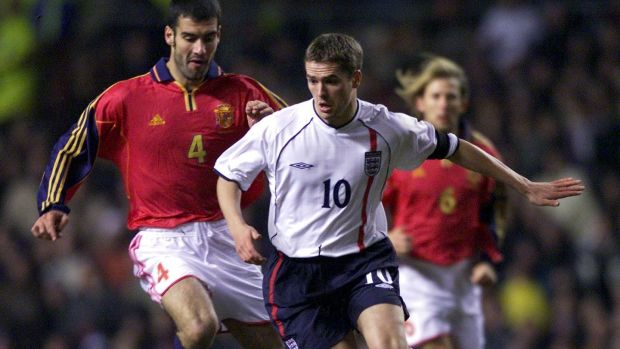England's Michael Owen (right) in action against Spain's Pep Guardiola in 2001. Photograph: Nick Potts/Pa