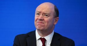 Deutsche Bank chief executive John Cryan: Bank of America Corp's Christian Meissner and ex-JPMorgan Chase and Co executive Matt Zames have been approached to replace him. Photographer: Jason Alden/Bloomberg