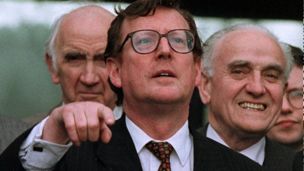 Former unionist leader David Trimble answering media questions on Good Friday, April 10th, 1998, outside Stormont Castle. Photograph: AP Photo/Paul McErlane