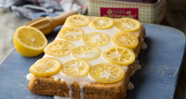 How To Make The Best Lemon Drizzle Cake