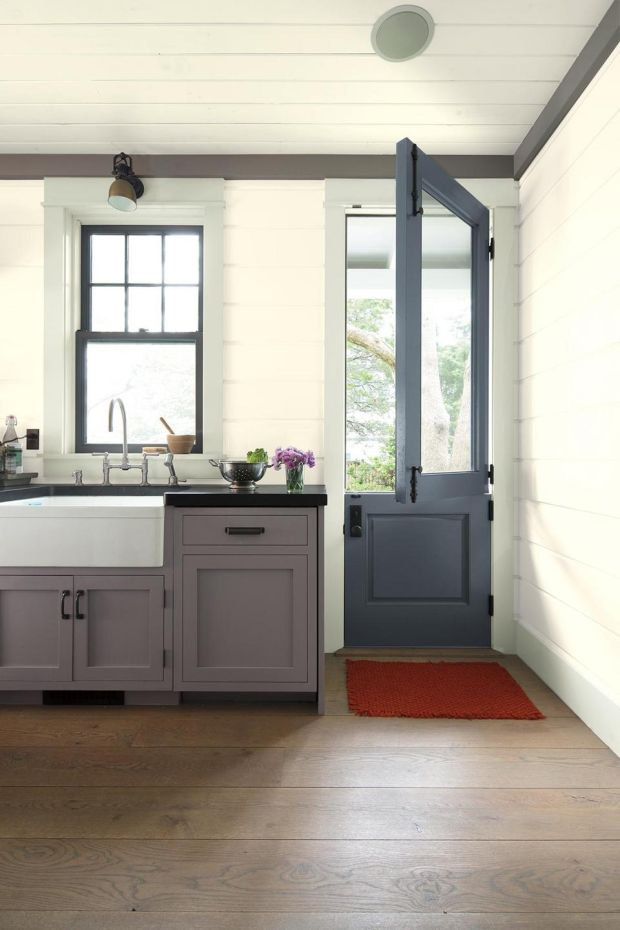 The half door is back: Benjamin Moore Paint