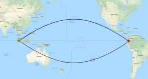 Flight plan: the geodesic arcs – one northerly, one southerly – show the shortest routes between Singapore and Quito. They are shorter than the line of the equator between the two points as Earth is not a perfect sphere