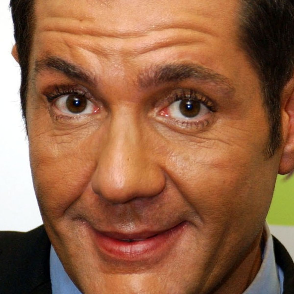 Dale Winton: Tributes paid to 'generous soul' and 'perfect host'