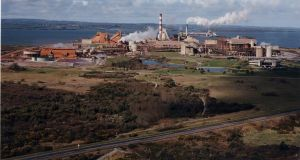 The US sanctions have cut Rusal off from global markets and left buyers of its alumina unable to continue with their contracts.  Rusal owns the Aughinish refinery in Ireland, which employs 450 workers.
