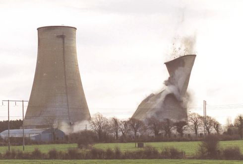 The demolition of Cooling Tower Number One at ESB Ferbane Generating Station in County Offaly  PHOTOGRAPH - FRANK MILLER 12.12.99