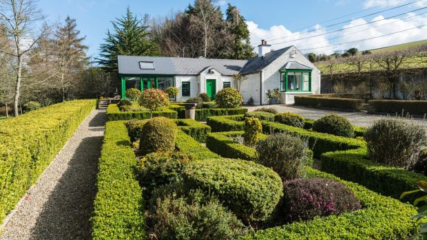 Wicklow Cottage With Zen Circle Chinese Bridge And Its Own