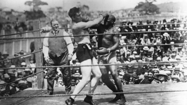 Jack Johnson, right, in action against Jess Willard in Havana, Cuba in 1915. Willard took the heavyweight title with a knockout in the 26th round and held onto it until 1919. Photo: Topical Press Agency/Getty Images