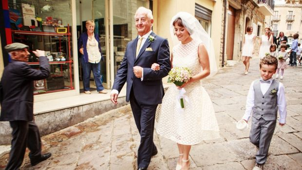 Aisling Farinella and her father at her wedding