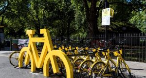 "Ofo's system uses a ""smart lock"" that prevents the bicycle wheels from moving until the lock is deactivated by a user."