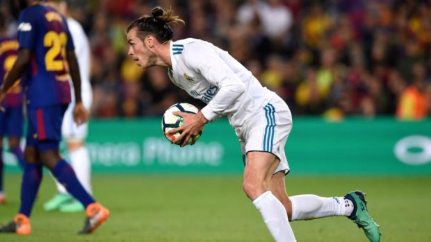 Gareth Bale scored Real Madrid's second in their 2-2 draw with Barcelona. Photograph: Alex Caparros/Getty